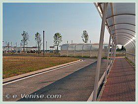 Débarquement au quai de l'Aéroport Marco Polo – Venise