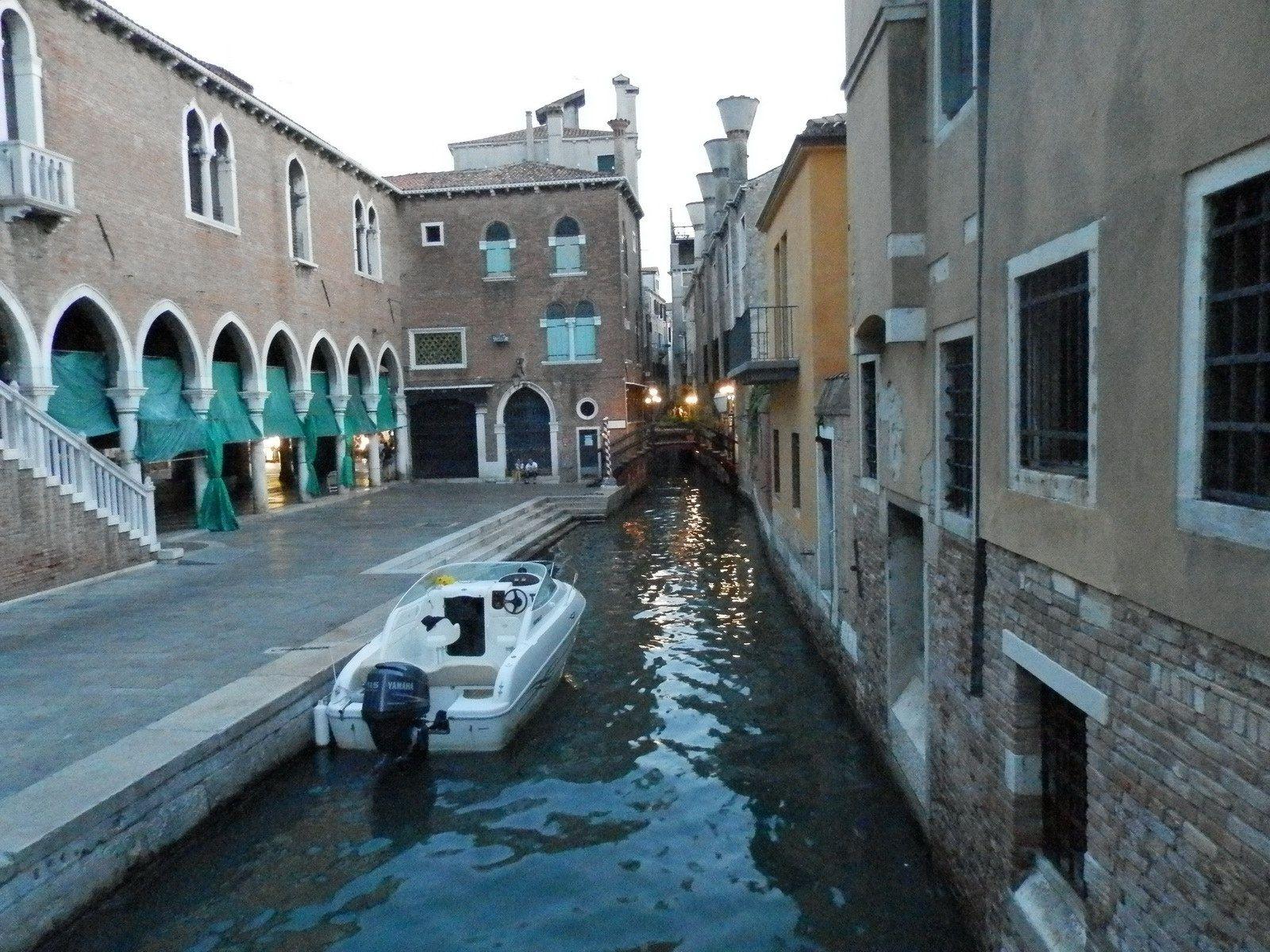 Petit canal à Venise
